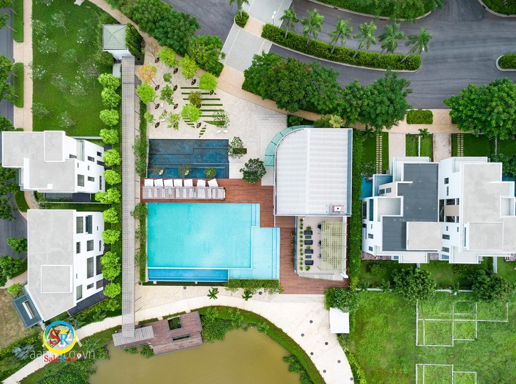 Nhìn từ trên cao hồ bơi dự án Lucasta Villa